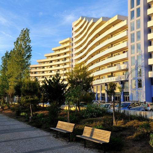 Façada Apartamentos Oceano Atlântico